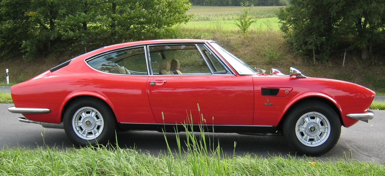 Fiat_Dino_2400_Coupe.JPG